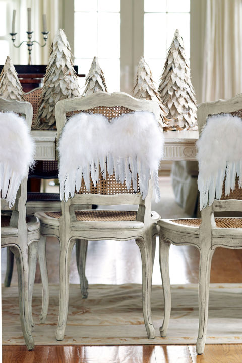 49 best christmas table settings decorations and for Country living christmas table settings