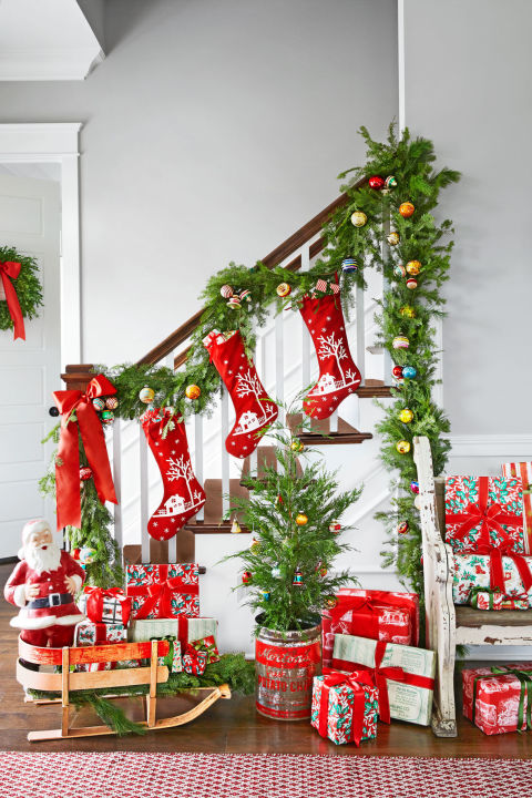 colorful entryway christmas decorating idea