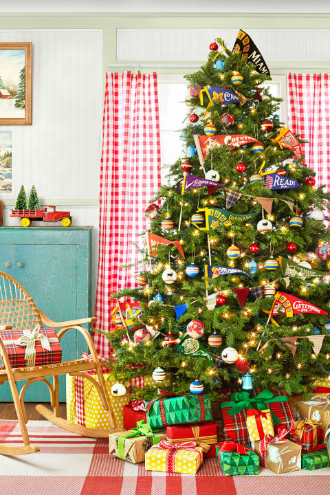 60 Best Christmas Tree Decorating Ideas How To Decorate A  - Camp Christmas Tree