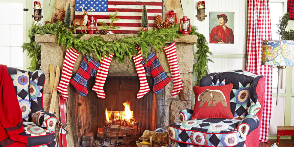 35 Country Ways To Add Christmas Cheer To Your Mantel