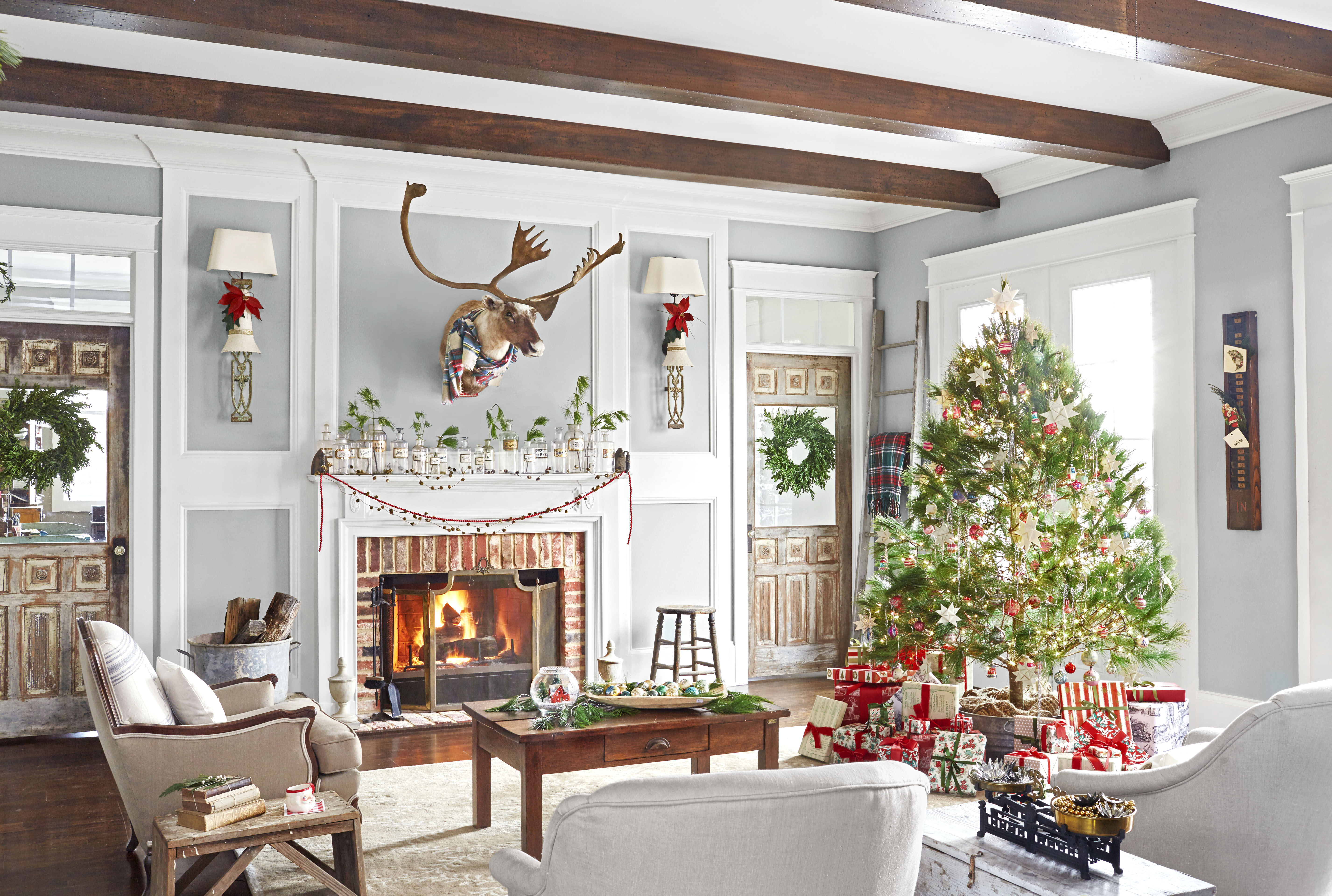Christmas Houses Decorated Gorgeous 30 Best Christmas Home Tours  Houses Decorated For Christmas Design Inspiration