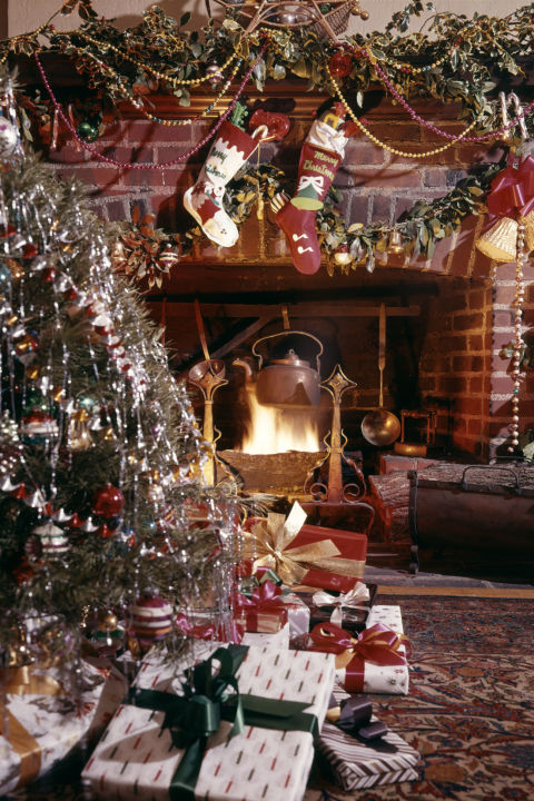 10 Classic Christmas Traditions  Best Traditional Holiday Activities