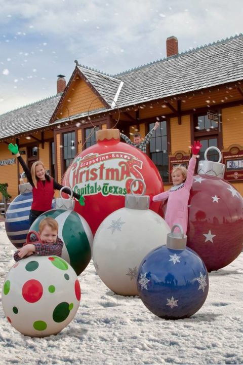 Christmas Capital of Texas - Christmas Grapevine Texas