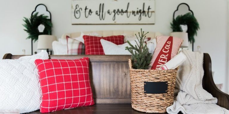 15 Ways to Cozy Up Your Home for the Holidays   Country Home Decorating  Ideas. 15 Ways to Cozy Up Your Home for the Holidays   Country Home