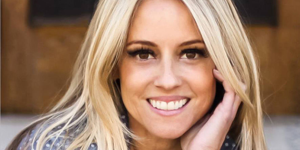 Nicole Curtis Announces Rehab Addict Is Coming Back   Rehab Addict Season 8  Premiere