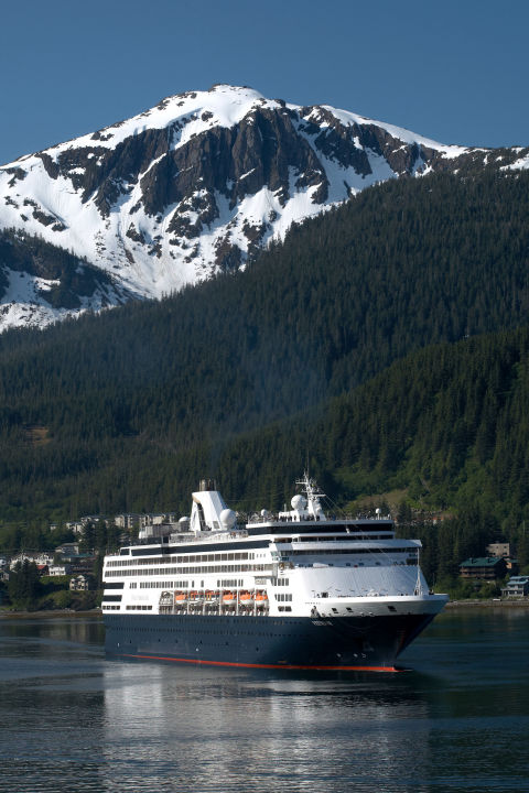 Which Alaskan Cruise Line Has The Best Food