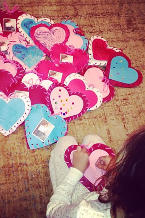 25 DIY Valentines Day Cards Homemade Valentines Counrty Living – Make Valentines Day Cards