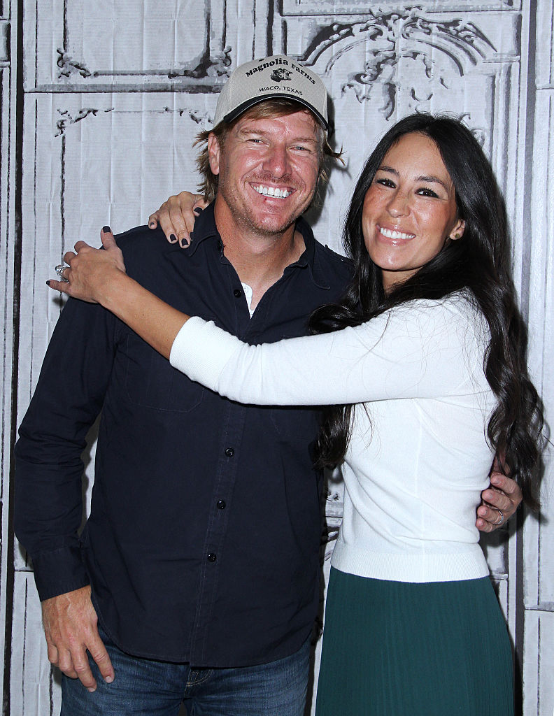 Chip and joanna gaines house tour fixer upper farmhouse for Chip and joanna gaines getting divorced