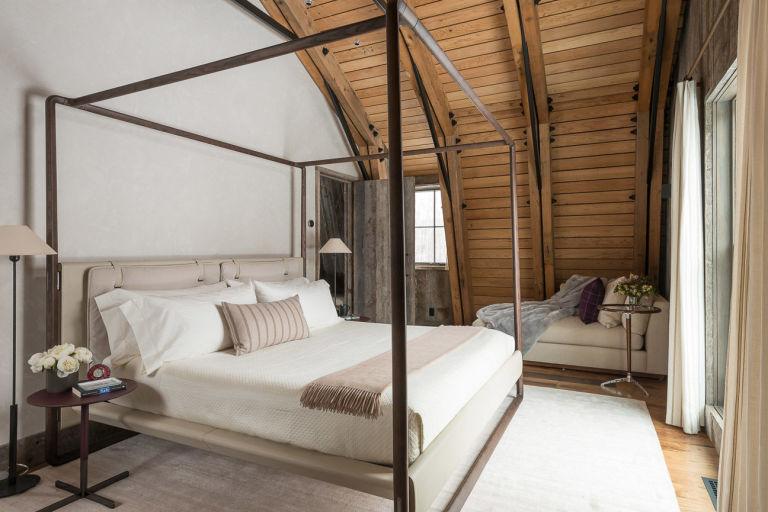Lovely Barn Inspired Guest House Bedroom