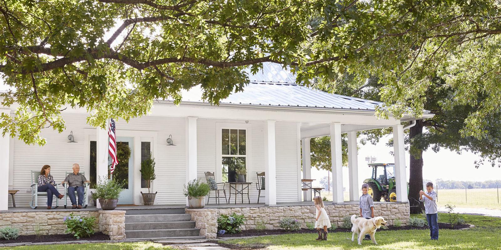 100 year old texas farmhouse texas farmhouse decorating for White farmhouse plans