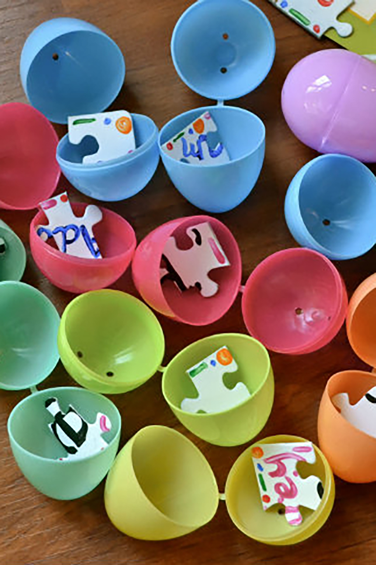 10 creative easter egg hunt ideas for kids easter egg for Easter egg ideas
