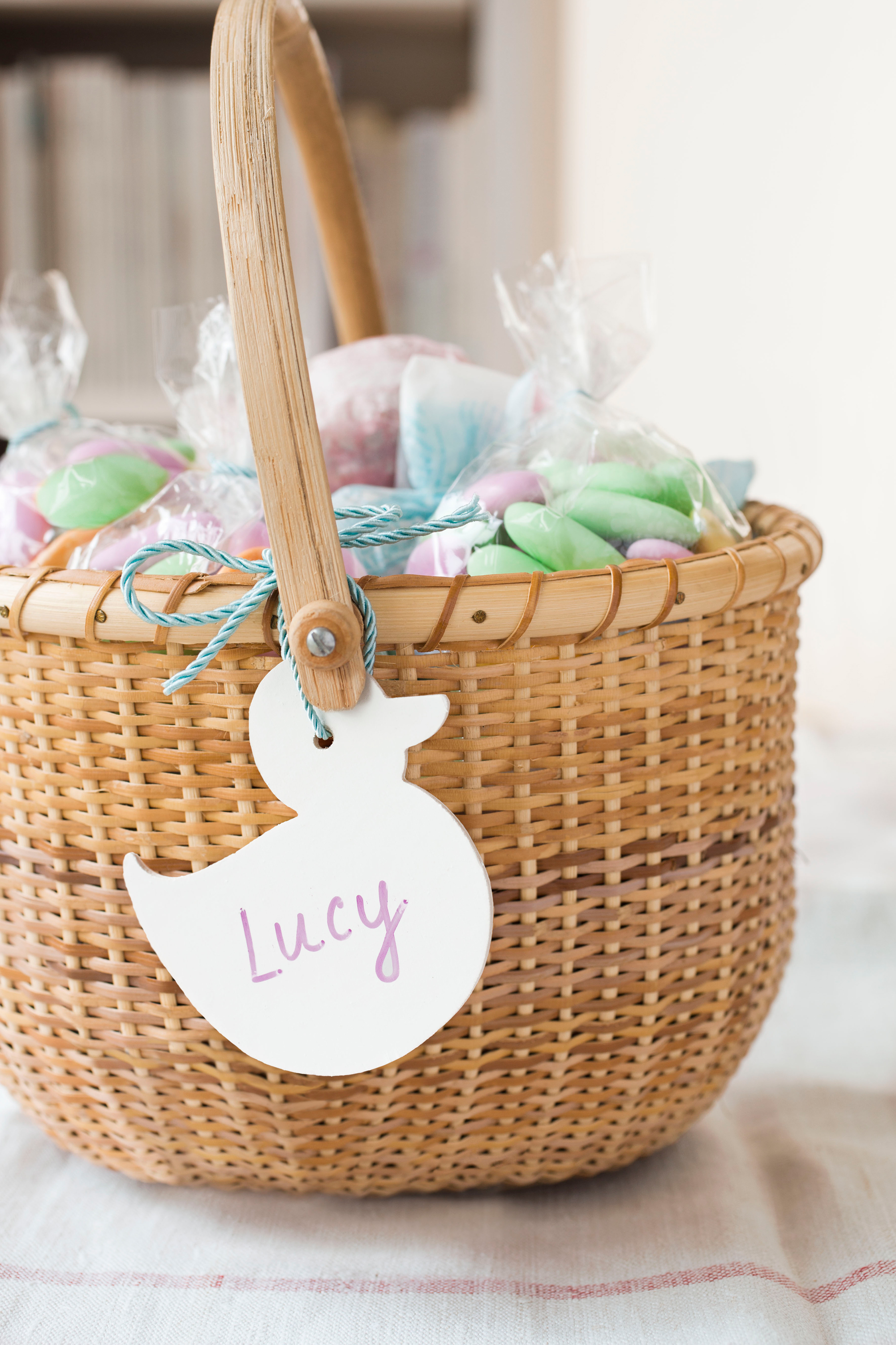 60 easy easter crafts ideas for easter diy decorations gifts 60 easy easter crafts ideas for easter diy decorations gifts country living negle Images