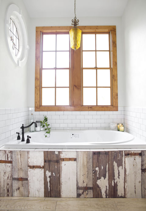 Rustic Tub Surround