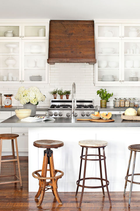 15 gorgeous kitchen range hoods that are eye candy (not eyesores