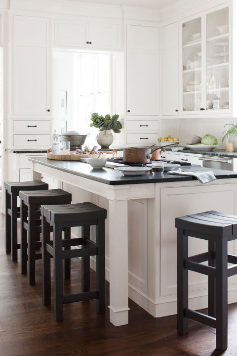 black and white island - Picture Of Kitchen Islands