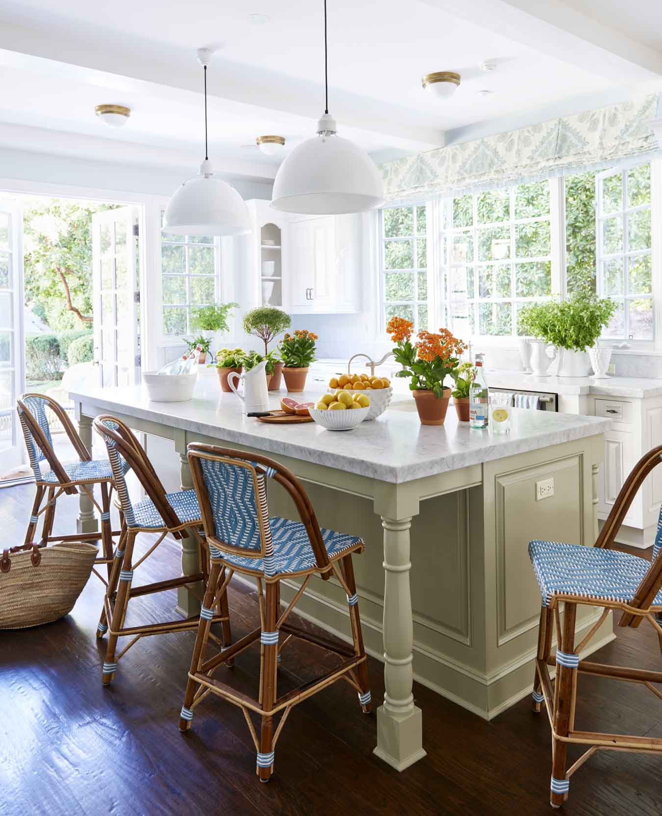 50+ best kitchen island ideas - stylish designs for kitchen islands