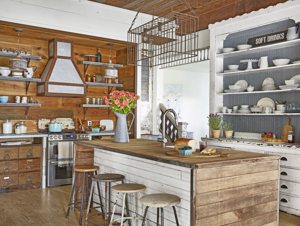 Marvelous Farm Style Kitchen Island Part - 10: Country Living Magazine