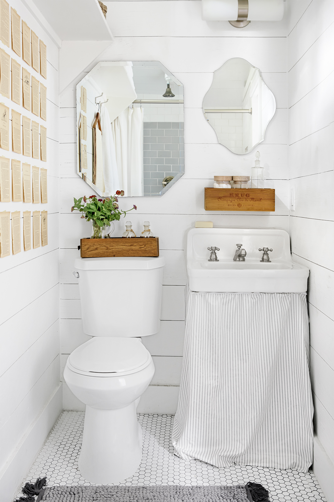 27 White Bathroom Ideas - Decorating with White for Bathrooms