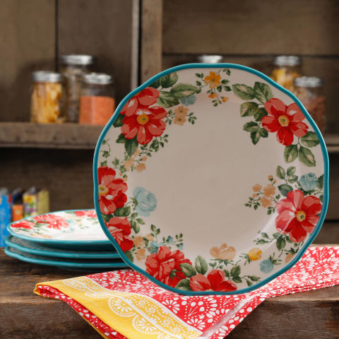 You Re Going To Want Every Piece From Ree Drummond S