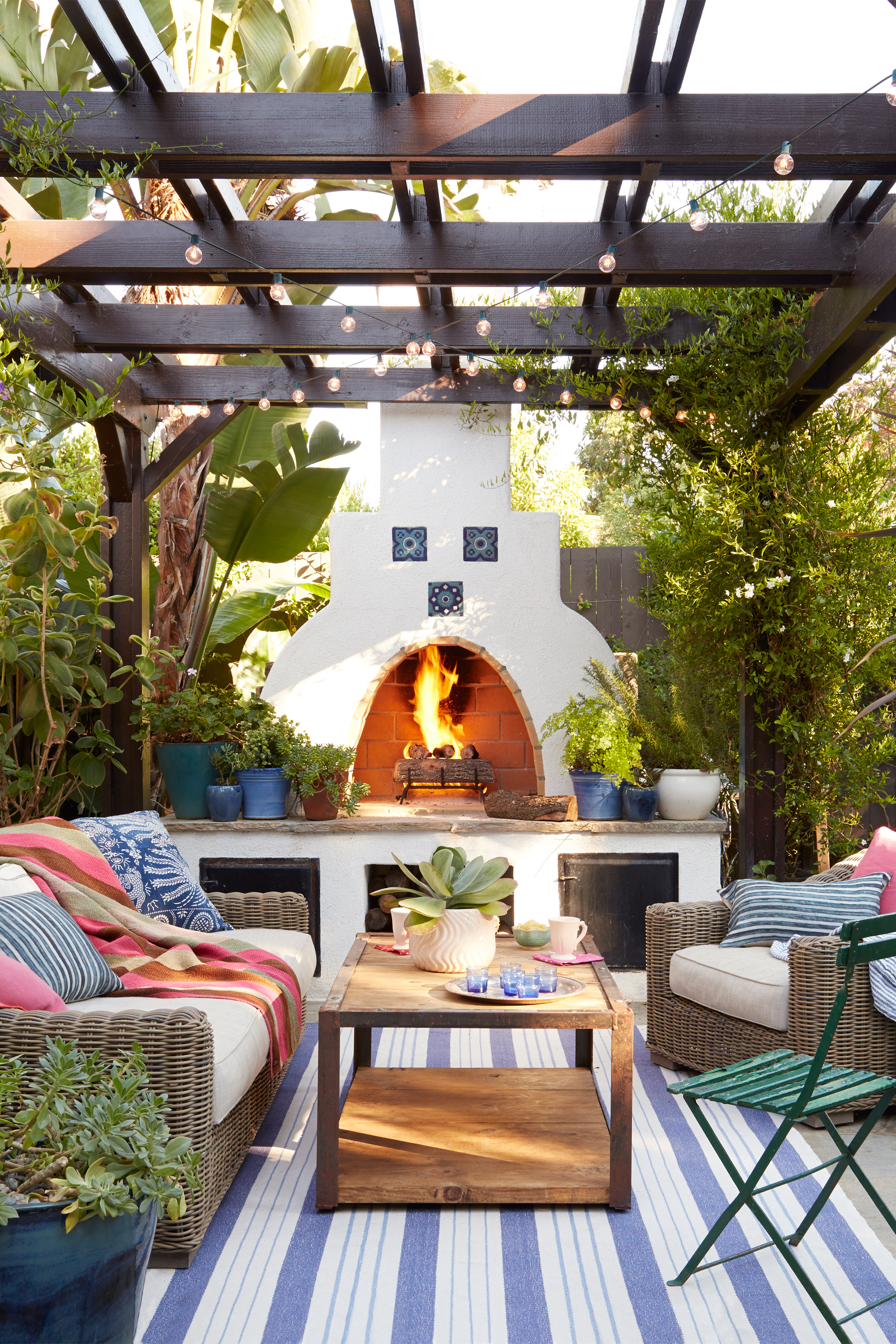 65 Best Patio Designs for 2017 Ideas for Front Porch and Patio