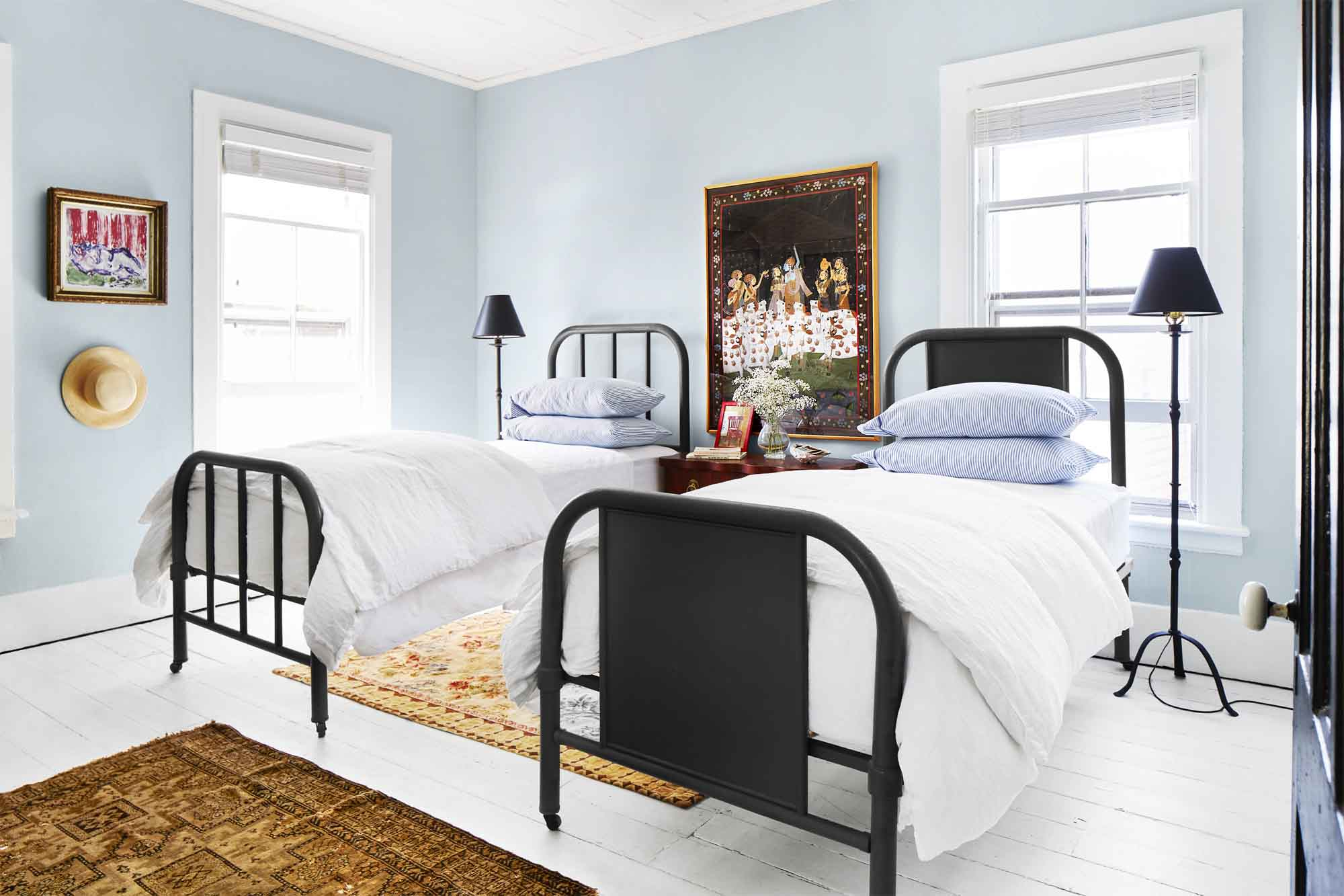 39 Guest Bedroom Decor Ideas for Guest Rooms