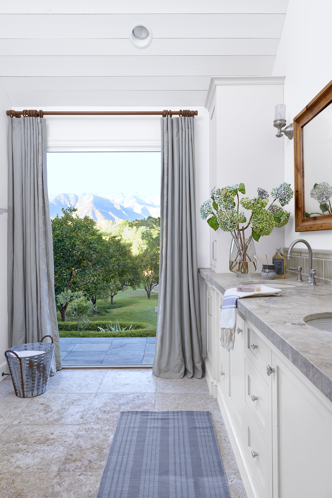 Country master bathroom ideas - 90 Best Bathroom Decorating Ideas Decor Design Inspirations For Bathrooms