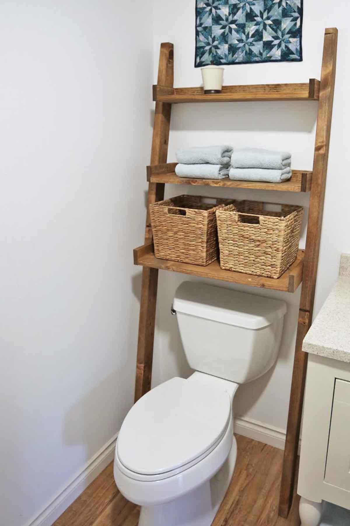 17 best bathroom organization ideas diy bathroom storage for Bathroom organizer ideas