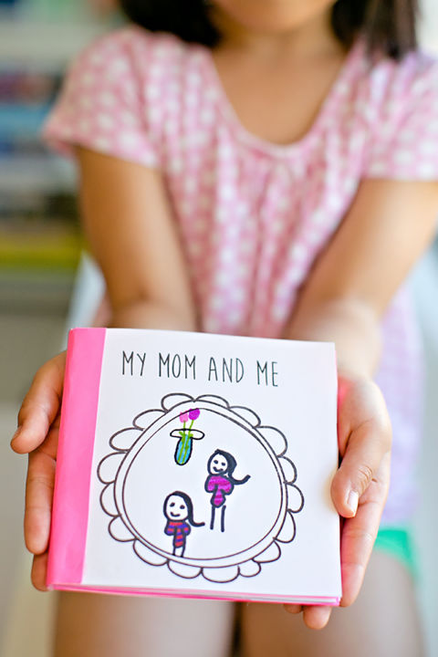 10 Cute Mother's Day Crafts for Kids - Preschool Mothers ...