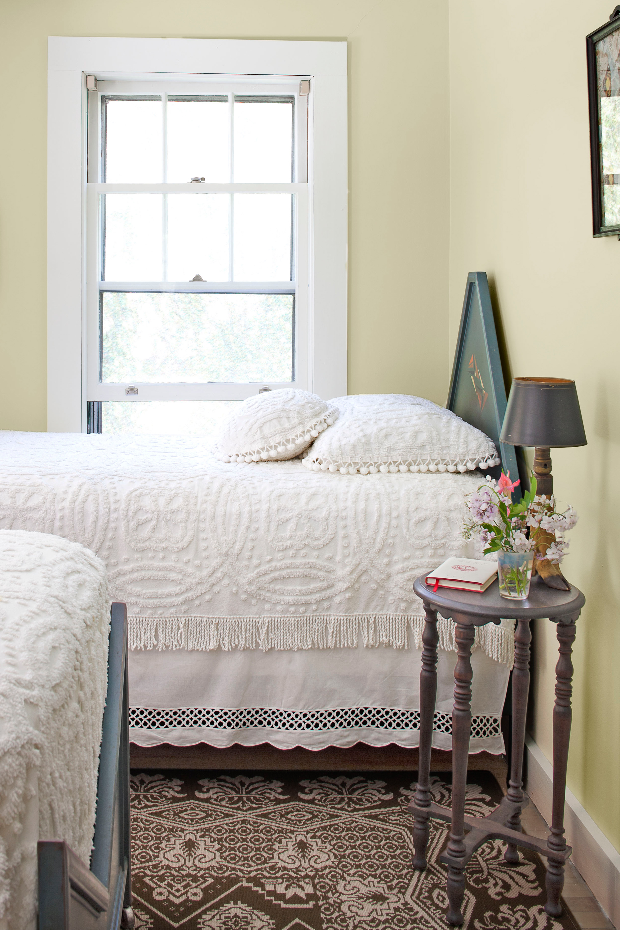 Bedrooms and hallways fantastic home design for What finish paint for bedroom