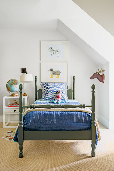 four poster bed - How To Decorate Kids Bedroom