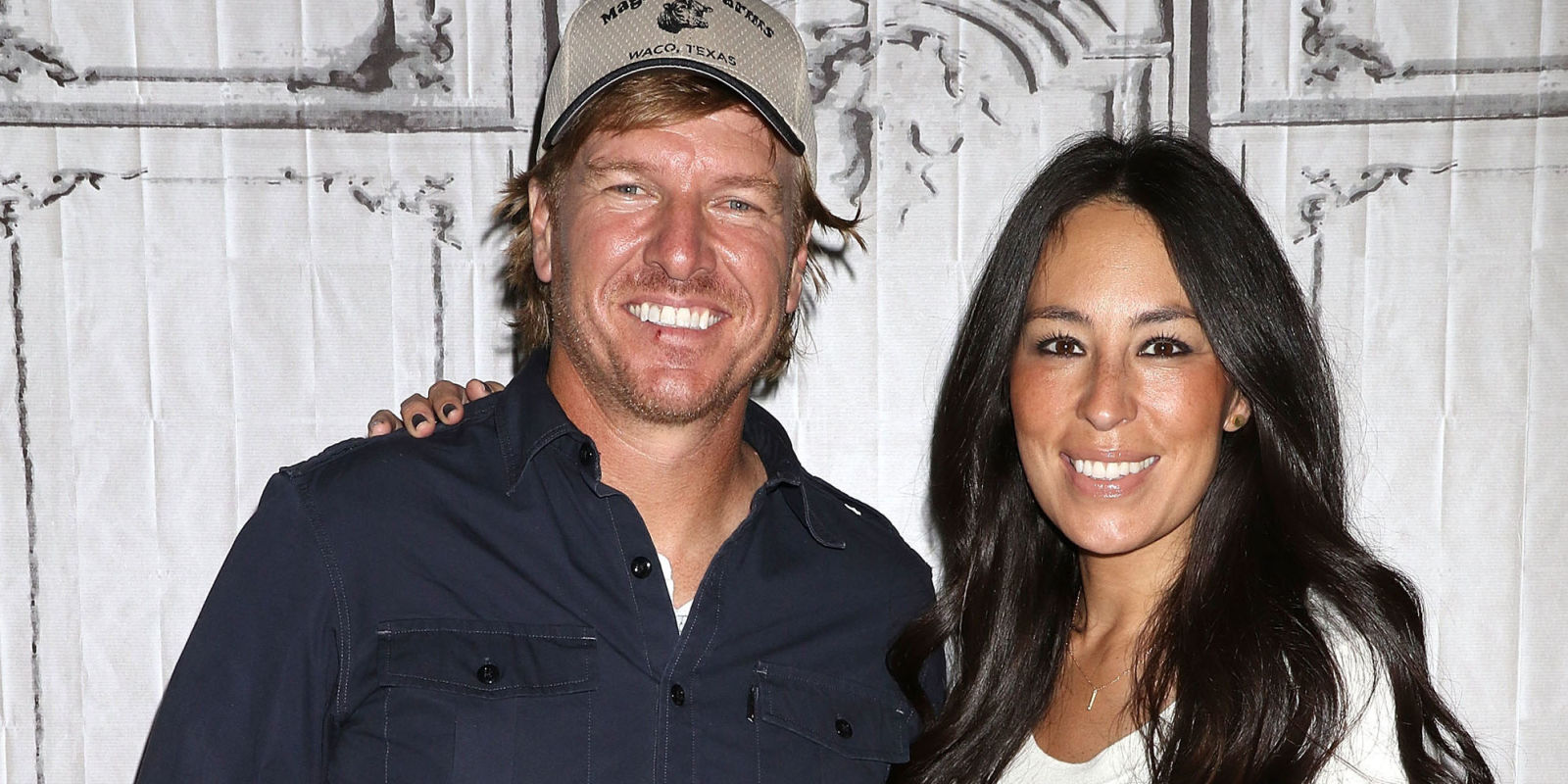 joanna gaines fake news is fixer upper canceled. Black Bedroom Furniture Sets. Home Design Ideas