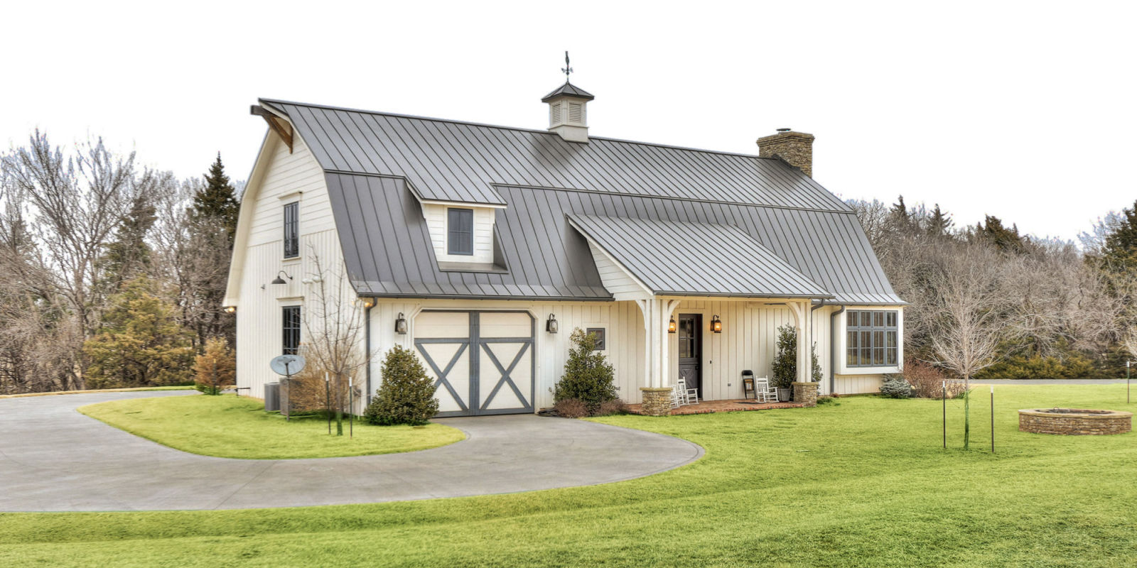these gorgeous country homes all have over 10 acres of land