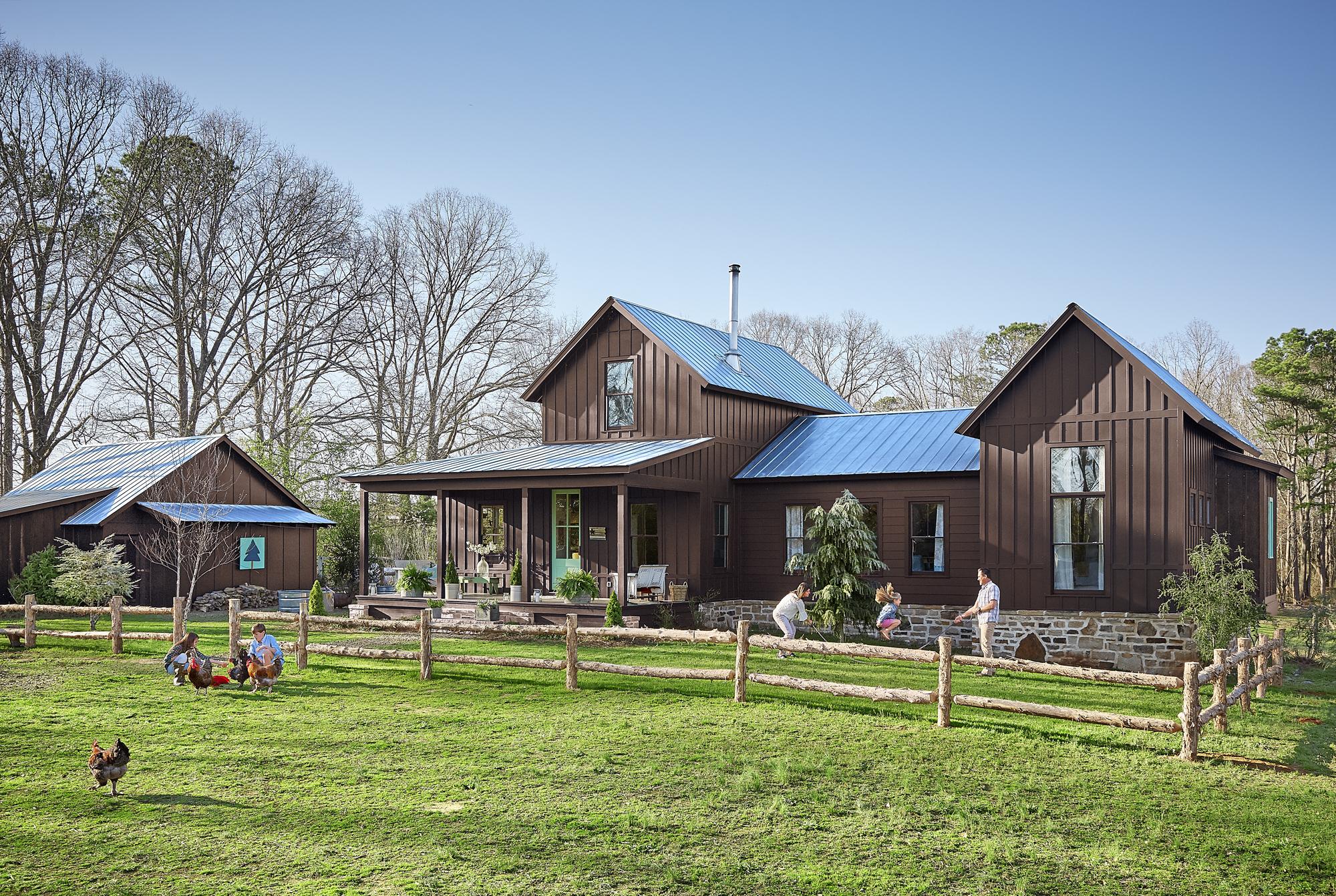 Alabama farmhouse southern farmhouse for Farmhouse exterior