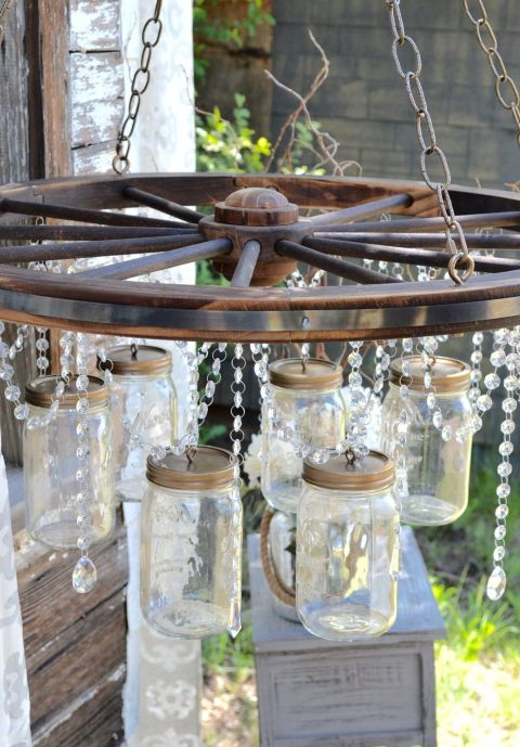 We Can Create A Wagon Wheel Chandelier With The Help Of Few Decorative Lights Jaretal Rings