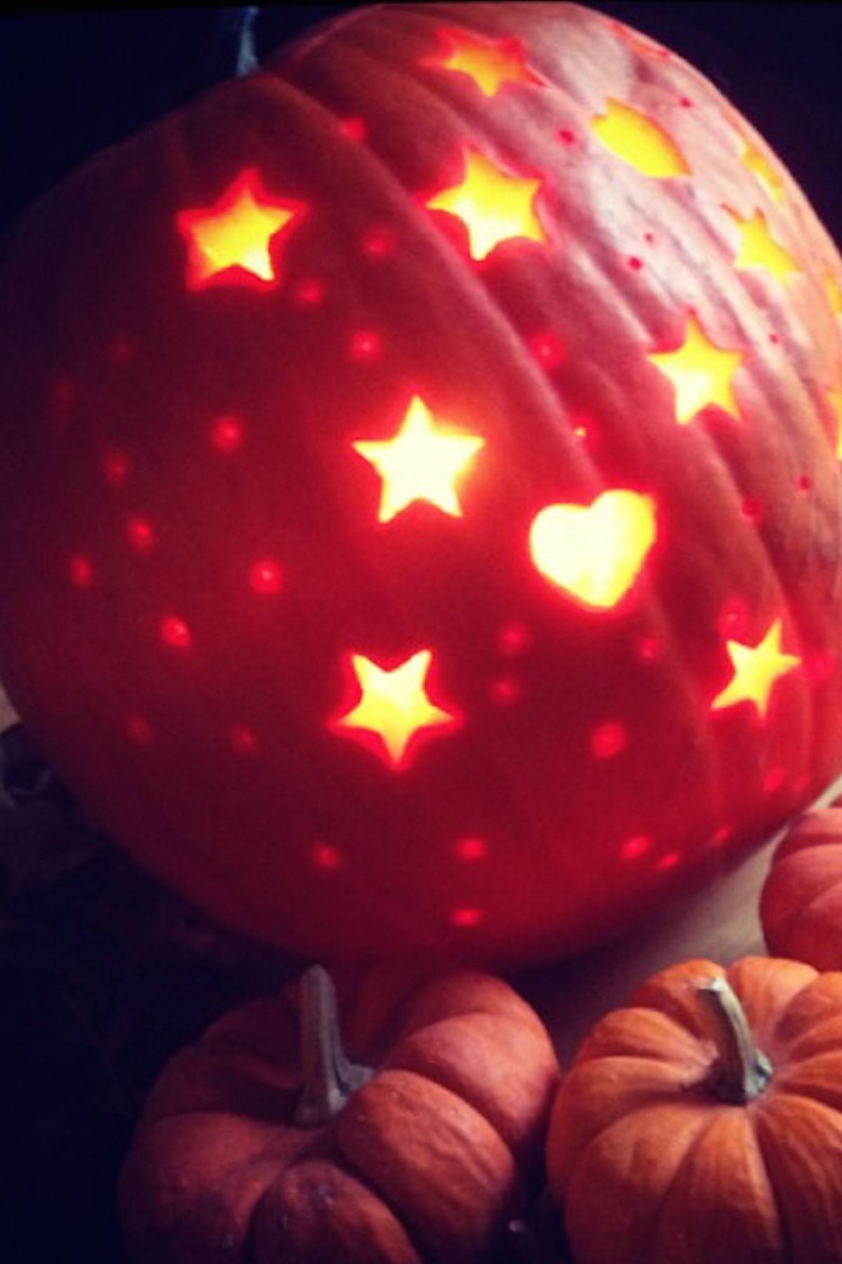 best 25 disney pumpkin carving patterns ideas on pinterest ...