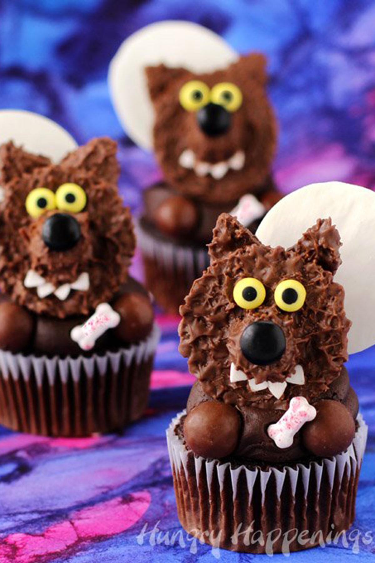 30 halloween cupcake ideas easy recipes for cute halloween cupcakes