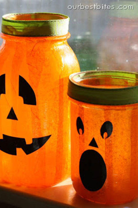 Light up the room with these smiling jack-o-lanterns—with a country twist, of course.