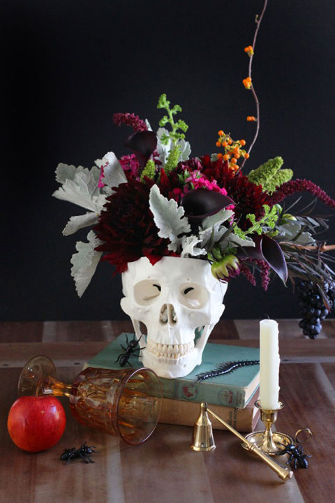 Simple Halloween Decor Part - 43: DIY Floral Skull Centerpiece