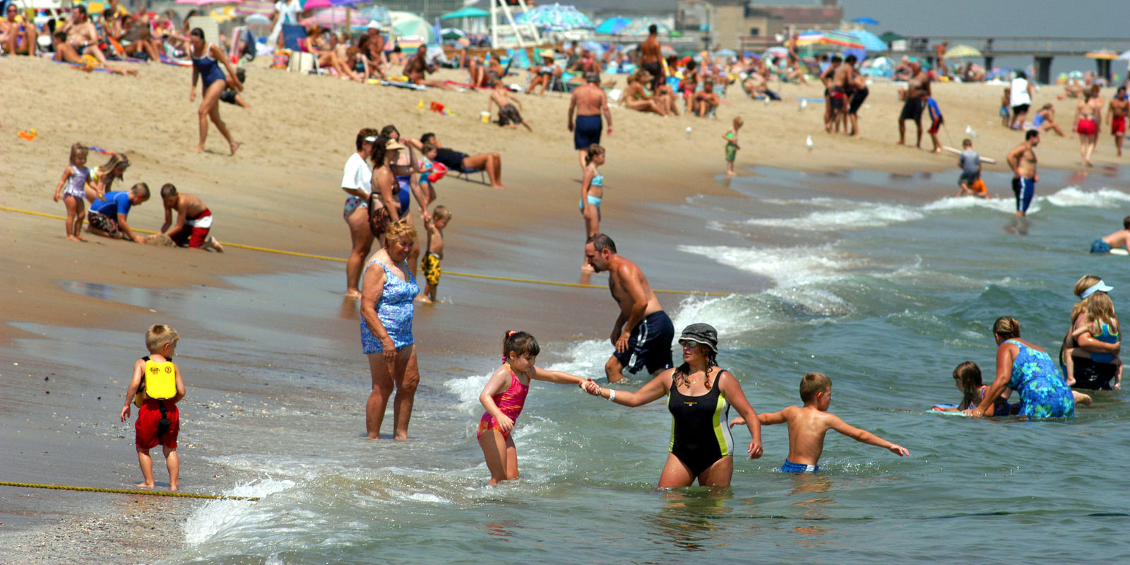 New Jersey Beaches Closed High Levels Of Bacteria In Water