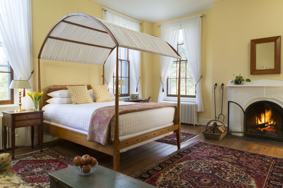bed and breakfast. What a Bed and Breakfast Owner Wants You to Know About Staying at