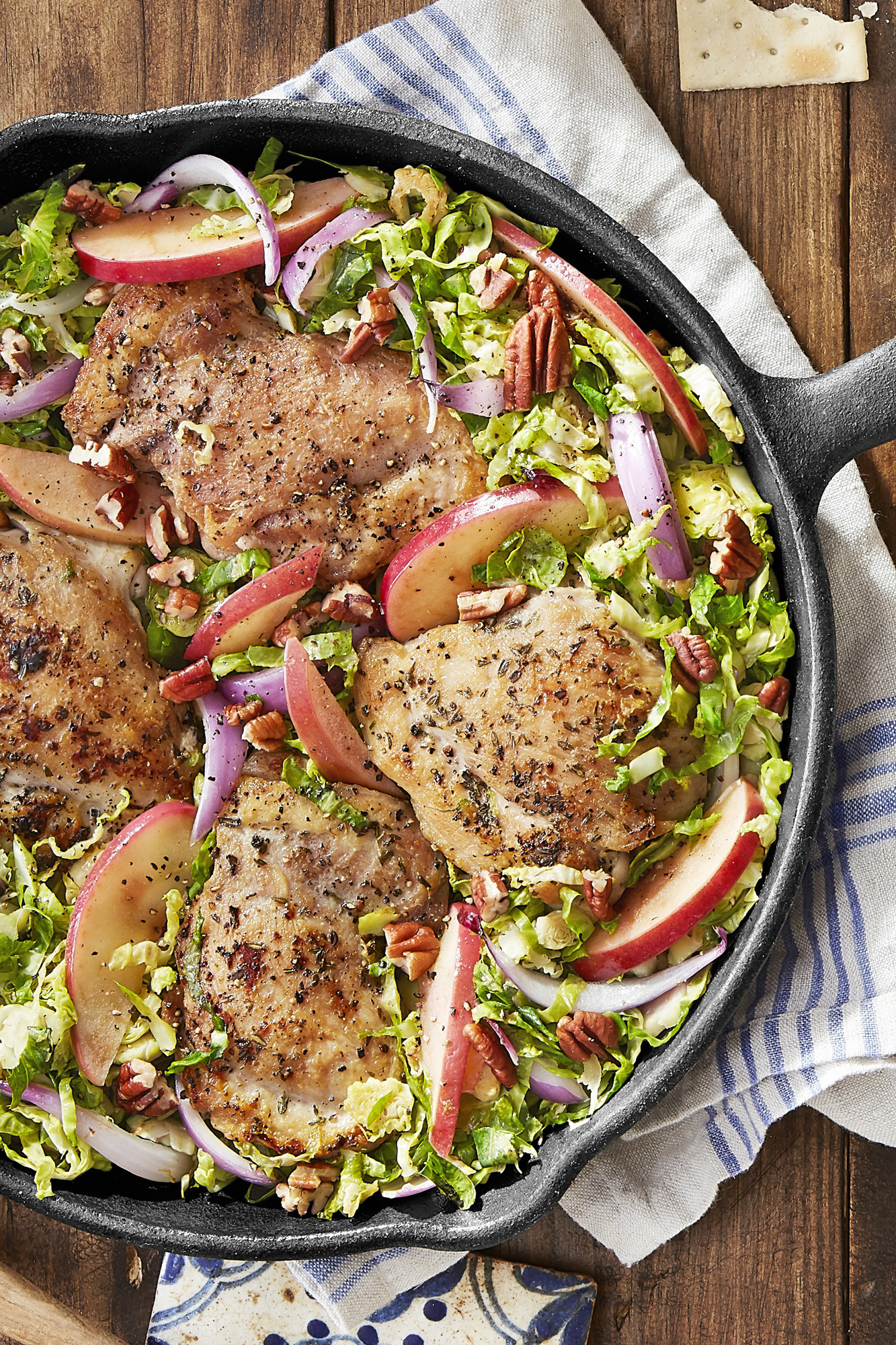 Best skillet chicken with brussels sprouts and apples for Chicken and brussel sprouts skillet