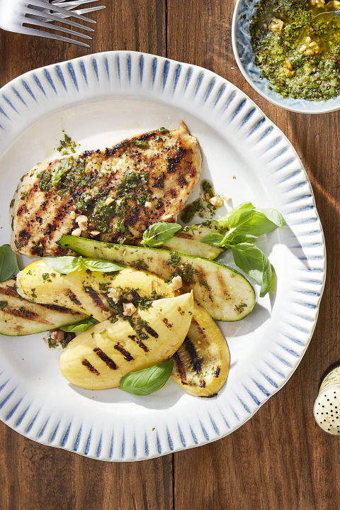 Best Grilled Pesto Chicken with Summer Squash - How to ...