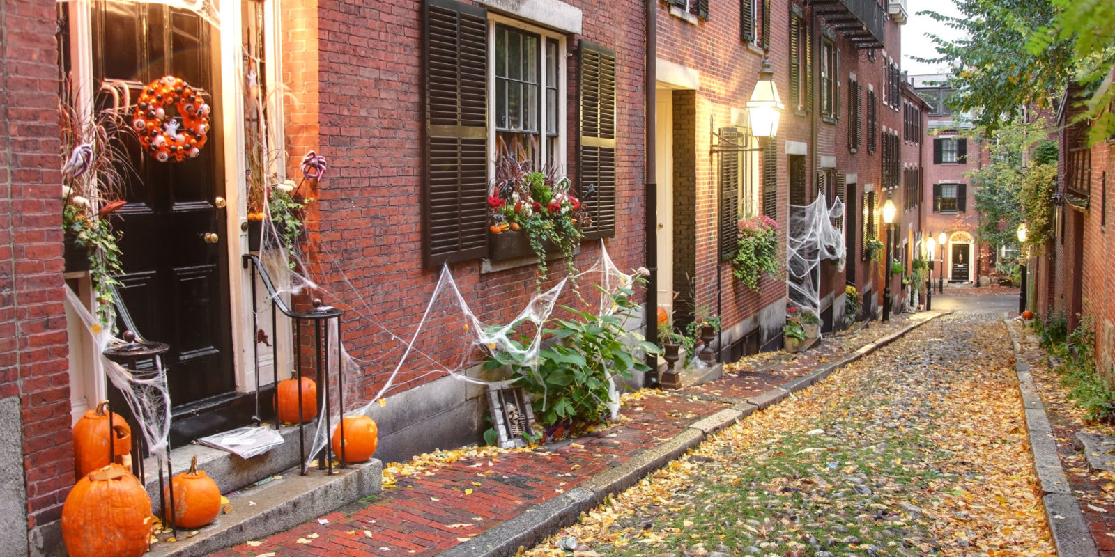 The best small towns in america for halloween best Best small town to live