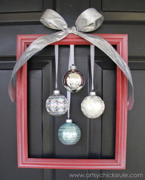 holiday frame with ornaments