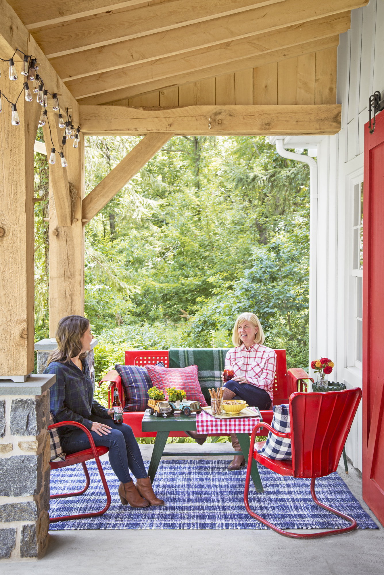 """Take A Peek Inside This """"Party Barn"""" Designed For Hosting"""