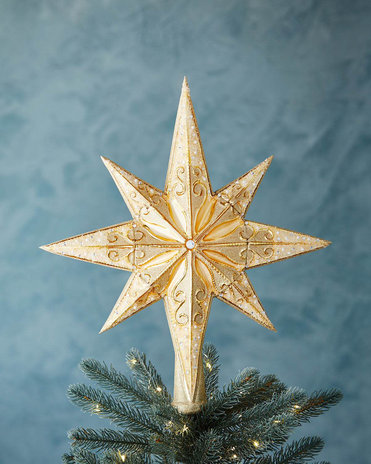 20 unique christmas tree toppers cool ideas for tree toppers - Christmas Tree Topper