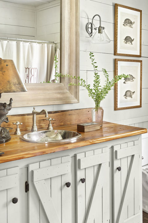 Black Rustic Bathroom Vanity: 37 Rustic Bathroom Decor Ideas