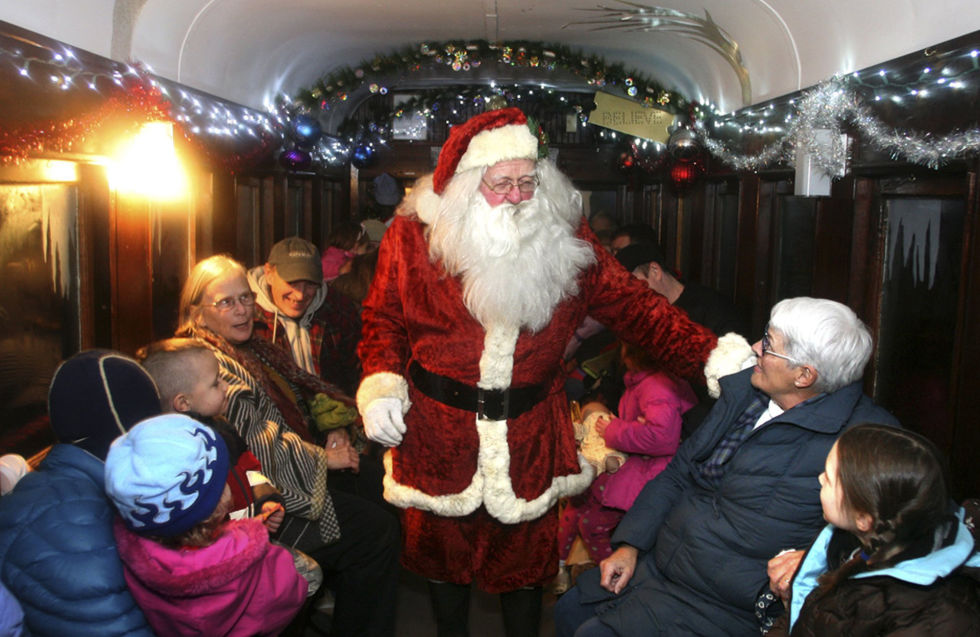 8 Best Polar Express Train Rides for Christmas 2017 - Locations of ...