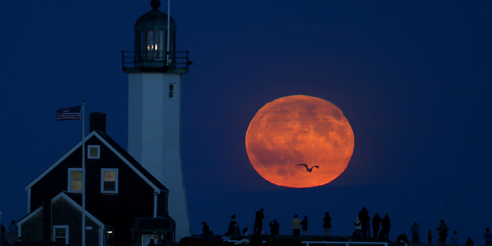 Here's Why This Year's Harvest Moon Will Be So Special