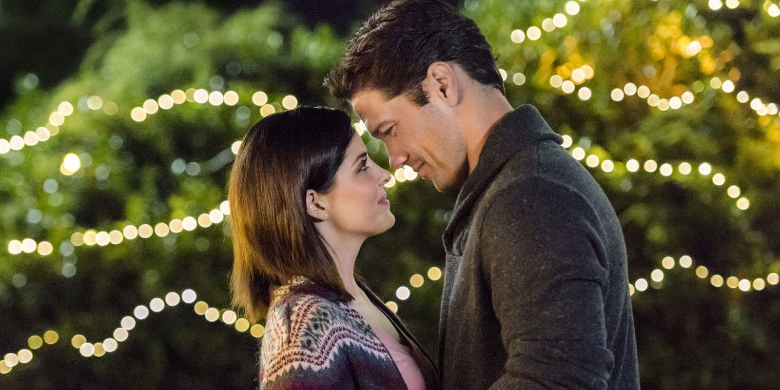 The Hallmark Channel Will Premiere 6 Fall Movies To Hold